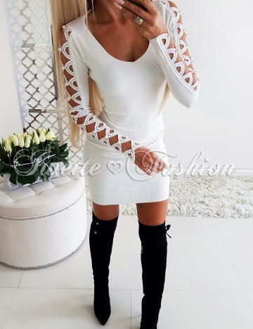 Sweterkowa Sukienka Perły ECRU