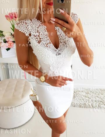 Sukienka Andrea White