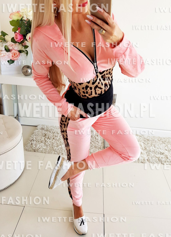 Dres Welurkowy Pink